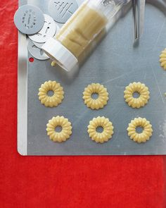 These gorgeous cookies begin with our Basic Butter Cookie Dough.