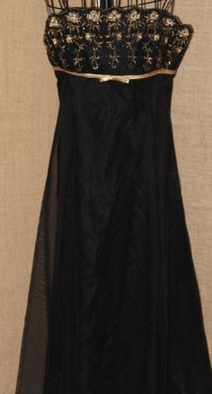 EVENT DRESS/ Delaru Boutique/ Black/ Long Event Dress/ Size 3/4/ 100%Rayon #DelaruBoutique #BallGown #Formal