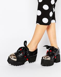 YRU Bomb Toecap Mid Lace Up Heeled Shoes