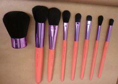 Coral Brushe Neve Cosmetics