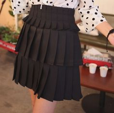 Pleated layers skirt