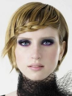 Glossy Hair Styling Ideas for Short Hair - We have a large parade of glossy hair styling ideas for short hair you can draw some inspiration from. Finally, it's time to prove that this dimension guarantees versatility and subtle sex-appeal. Use high class sculpting formulas and some extra accessories to nail down a stylish new season look.