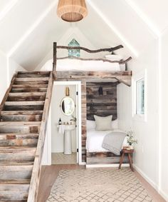Apr 2020 - Learn more about and see photos of the Jenni Kayne lake house in Lake Arrowhead, California featuring neutral, cozy home décor ideas for a serene abode designed to inspire everyone to live well. Tiny House Loft, Tiny House Living, Tiny House Plans, Tiny House Design, Tiny House Bathtub, Lake House Bathroom, Tiny House Storage, Modern Tiny House, Small Room Design
