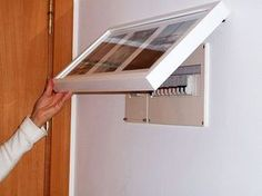 Como esconder quadro de luz