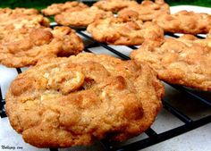 Snickerdoodle Cheerio Cookies    1 cup all purpose flour  1/2 cup quick-cooking oats  1/2 teaspoon baking powder  1/2 teaspoon baking soda  1/2 teaspoon salt  1/4 teaspoon cinnamon  1/2 cup butter, room temperature  1/2 cup sugar  1/2 cup packed brown sugar  1 egg  1/2 teaspoon vanilla  1-3/4 cups Honey Nut Cheerios