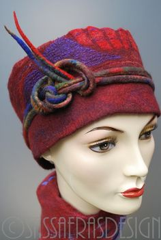 Beautiful hand felted head band with extraordinary surface and stunning bright colors, made of fine, hand dyed merino wool and silk. Warm and