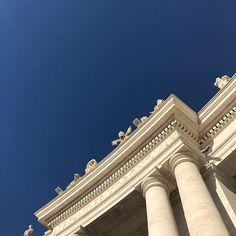 "Koji Asano na Instagramie: ""Stato della Città del Vaticano! #instaphoto #instagram #instadaily #memories #vatican #valentino"" Insta Photo, Asana, Valentino, Louvre, Architecture, Instagram, Building, Travel, Arquitetura"