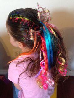 Veja 15 penteados lindos, coloridos e divertidos para fazer no carnaval