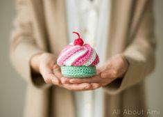 Crochet Swirly Cupcake
