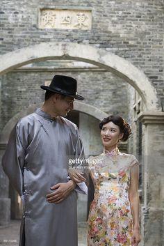 ストックフォト : A young couple in 1930's Shanghai