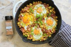 One-Pan Breakfast Hash (Whole30 Recipe)