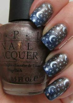 Amazing Moon and stars Nails art Fancy Nails, Cute Nails, Pretty Nails, Fabulous Nails, Gorgeous Nails, Amazing Nails, Star Nail Designs, Nagellack Design, Moon Nails