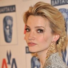 Talulah Riley, hair and makeup Tallulah Riley, Stunningly Beautiful, Beautiful Women, Messy Updo, Celebs, Celebrities, Female Images, Best Actor, Hair Dos