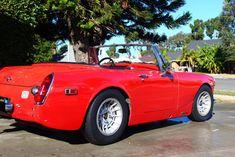 "Jason's 1974 MG Midget ""Lil Racer"" - AutoShrine Registry Mg Cars, Race Cars, Racing Rims, Austin Healey Sprite, Mg Midget, Triumph Spitfire, British Sports Cars, Online Cars, Aluminum Radiator"