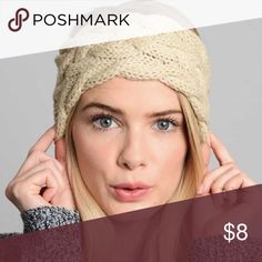 Brand New! Winter Headband 🌲 These are brand new and make great gifts! 🌲🎁 Soft and warm winter Headband 🌲 Smoke free/pet free Accessories Hair Accessories