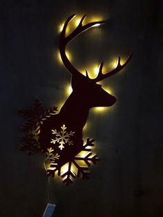 Wooden White Light Up Decorations Christmas LED Ornament Xmas Festive Tree Deer Christmas Wood Crafts, Christmas Art, Christmas Projects, Holiday Crafts, Fun Crafts, Christmas Holidays, Diy And Crafts, Christmas Decorations, Christmas Wreaths