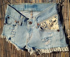 Cute lace shorts. Wouldn't be hard to make out of old jeans