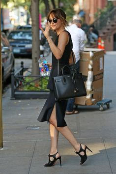 New pics of Dakota on her way to Jimmy Fallon today in New York #DakotaJohnson