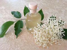 Erfrischender Holunderblütenlikör, ein raffiniertes Rezept mit Bild aus der Kategorie Likör. 225 Bewertungen: Ø 4,7. Tags: Frühling, Getränk, Likör