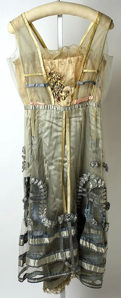Pastel-colored silk evening dress by Lucile, British, 1916-1918.