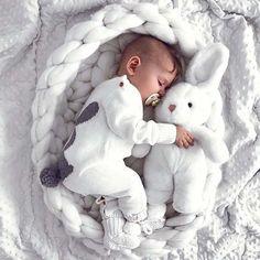 Cute Baby Boy, Carters Baby Girl, Cute Babies, Baby Kids, Funny Babies, Baby Baby, Foto Newborn, Newborn Baby Photos, Newborn Baby Photography