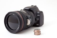 What a wonderfully fun bank!    Coin Bank Disguised as a DSLR Camera, via Laughingsquid: http://laughingsquid.com/coin-bank-disguised-as-a-dslr-camera/