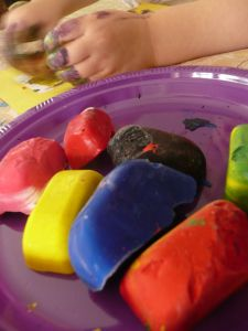 Letter I Activity: Ice Painting for preschoolers and toddlers. Learning the letters of the alphabet!
