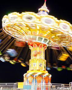 Santa Cruz rollercoaster swing at night l UNITED STATES l Justin Kase Conder