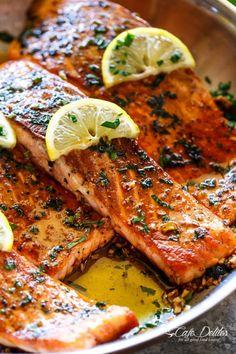 CRISPY SEARED LEMON GARLIC HERB SALMONReally nice recipes. Every  Mein Blog: Alles rund um Genuss & Geschmack  Kochen Backen Braten Vorspeisen Mains & Desserts!