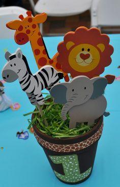 Safari themed birthday #safari #party
