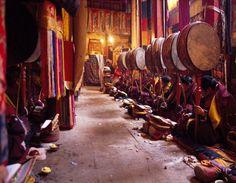 Moines tibétains.