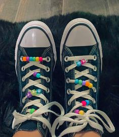 Swag Shoes, On Shoes, Me Too Shoes, Indie Outfits, Retro Outfits, Trendy Outfits, Mode Indie, How To Lace Converse, Converse Laces
