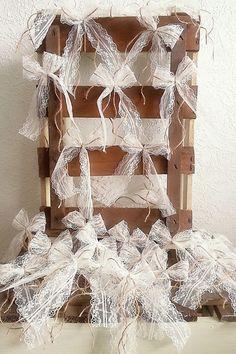 Hochzeitsdeko - 100 Antennenschleifen in zauberhaften Vintage-Stil - ein Designerstück von Verliebt-in-das-Leben bei DaWanda