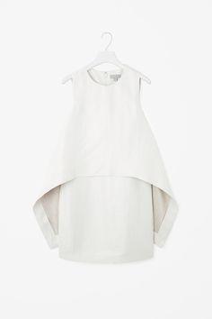 COS | Layered linen dress                                                                                                                                                                                 More