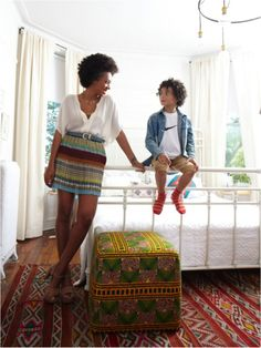 Amazing global home style by Solange Knowles with son Celebrity Moms, Celebrity Style, Celebrity Photos, Mode Simple, Solange Knowles, Working Mother, Mom Style, Girl Style, Hippie Style
