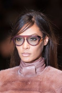 Gucci Fall 2014 - I  ❤️ love these glasses!