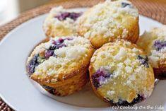 Gluten Free Blueberry Muffins - adjustments: White Rice Flour, Tapioca Flour + 1 extra TB of Sugar. Gluten Free Baking, Gluten Free Desserts, Dessert Recipes, Gluten Free Blueberry Muffins, Blue Berry Muffins, Sin Gluten, Rice Flour Recipes, Brown Rice Cooking, Brown Rice Flour