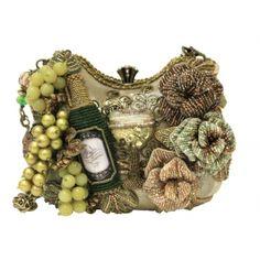 Mary Frances After 5 White Wine Grapes Bag Purse Handbag NEW Spring 2014 Presale Cute Handbags, Beautiful Handbags, Purses And Handbags, Mary Frances Purses, Mary Frances Handbags, Novelty Handbags, Novelty Bags, White Wine Grapes, Purse Your Lips