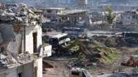 Aleppo battle: Hundreds leave Syria city as evacuations resume