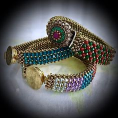 How to make double and multiple Nazo braids? Diy Jewelry, Beaded Jewelry, Jewelry Design, Jewelry Making, Knit Bracelet, Wie Macht Man, Braided Bracelets, Bead Weaving, Jewerly