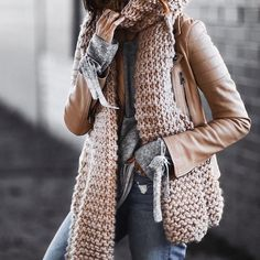 The prettiest color to wear this Fall. Cozy Winter Outfits, Fall Outfits, Fashion Mode, Womens Fashion, Fashion Hacks, Style Fashion, Fashion Outfits, Moda Boho, How To Wear Scarves