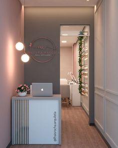 Home Beauty Salon, Home Nail Salon, Nail Salon Design, Nail Salon Decor, Beauty Salon Decor, Beauty Salon Design, Beauty Salon Interior, Salon Interior Design, Boutique Interior