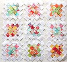 pretty granny squares - could use charm squares Colorful Quilts, Small Quilts, Granny Square Quilt, Granny Squares, Patch Quilt, Quilt Blocks, Mini Quilt Patterns, Quilt Stitching, Patchwork Quilting