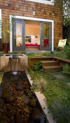 Cascade et  fontaine de jardin , 69 déco pour les moments de relaxe - relaxante-cascade-de-jardin-castorama-design-poissons