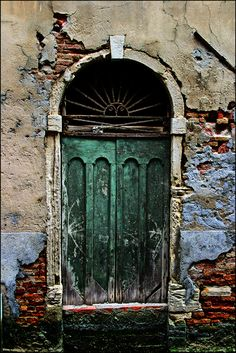 The interesting Doors and Gates thread. - United Forum