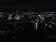 The amazing Montrèal by night.