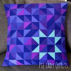 Pillow Thoughts Cover - - Pillow Ideas Gift - How To Place Pillow On Couch Quilt Baby, Boy Quilts, Star Quilts, Quilt Blocks, Patchwork Pillow, Quilted Pillow, Quilting Projects, Sewing Projects, Quilt Patterns