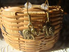 KLK Endeavors - Feeling your best in and outside! Jewelry Box, Jewelry Accessories, Christmas Ideas, Christmas Gifts, Fashion Styles, Elephant, My Etsy Shop, Etsy Seller, Bronze