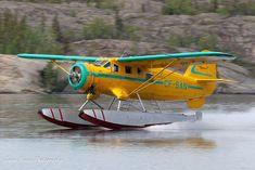 Buffalo Airways, Noorduyn Norseman V (CF-SAN) at Yellowknife - Seaplane June 2011 Amphibious Aircraft, Stol Aircraft, Plane And Pilot, Bush Plane, Float Plane, Flying Boat, Commercial Aircraft, Aircraft Pictures, Aircraft Carrier