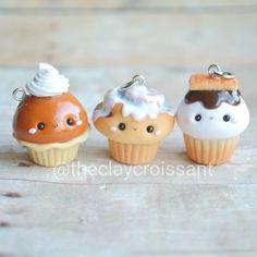 Just a few cupcake treats that were sent off to their new home recently. :) #polymerclay #polymerclaycharms #claycharms #clay #charms #jewelry #food #foodie #foodjewelry #kawaiifood #cutefood #pendants #handmade #diy #etsy #crafts #christmas #holidays #seasonal #gift #pumpkinpie #cinnamonroll #smores #cupcakes #kawaiicharms #kawaii #cute